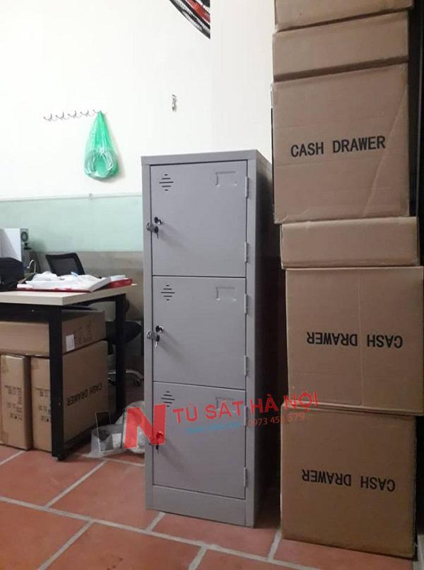 Cung cấp khách lẻ tủ sắt locker 3 cánh tại Nguyễn Ngọc Nại